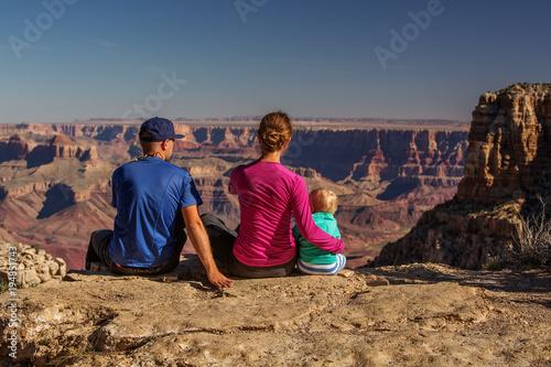 Aluminium Arizona A family in Grand Canyon National Park, South Rim, Arizona, USA