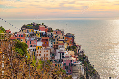 Aluminium Beige Hill view of the beautiful and cozy village of Manarola in the Cinque Terre National park, Liguria, Italy