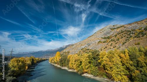 Aluminium Nachtblauw Serene Mountain Lake Sky Background