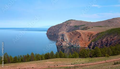 Fotobehang Blauwe hemel Gorgeous views of a huge lake