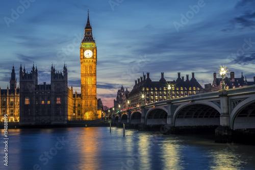 Papiers peints London Westminster Bridge by night, London, UK