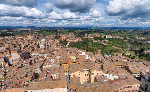 Fotobehang Toscane Siena, Italy. Beautiful view of famous medieval architecture