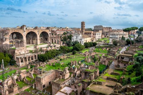 Forum Romanum w Rzymie we Włoszech
