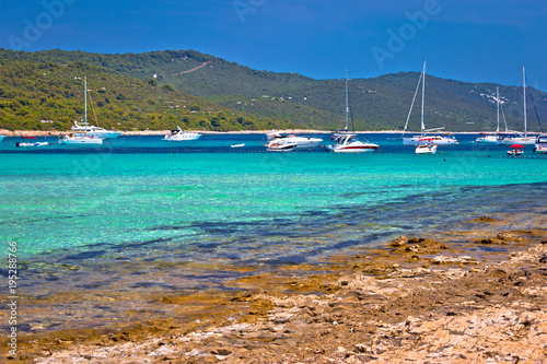 Sakarun beach yachting bay view na wyspie Dugi Otok