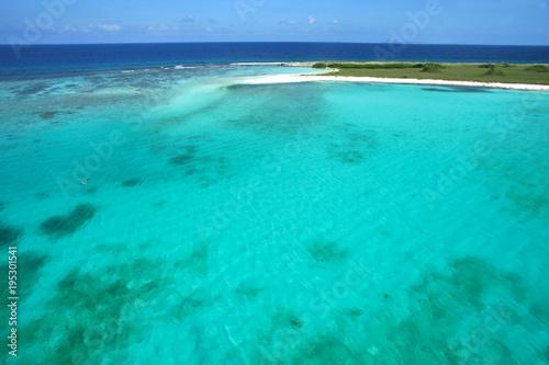 Deurstickers Tropical strand LAGOON CARIBBEAN SEA