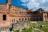 Forum Romanum in Rom in Italien - 195397928