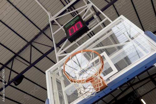 Fotobehang Basketbal Canasta y marcador de cancha de baloncesto