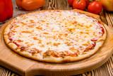 Italian pizza Margherita - 195469955