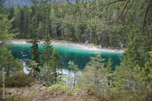 Fotobehang Khaki Eibsee Zugspitze