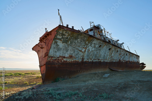 Foto op Aluminium Schipbreuk Abandoned ships Aral Sea. The Aral Sea is a formerly un salt lake in Central Asia. The Aral Sea was an endorheic lake lying between Kazakhstan in the north and Uzbekistan in the south.