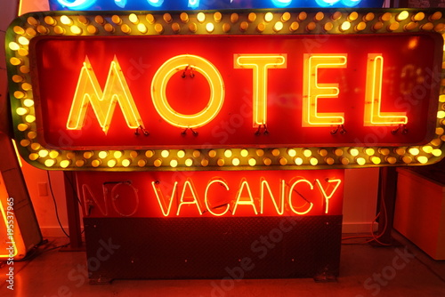 Plexiglas Las Vegas neon light up motel vacancy sign old signs for advertising