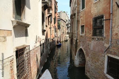 Fototapeta Ancient buildings along Canal Grande in Venice, Italy. Traditional Venetian houses