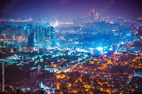 Tuinposter Nacht snelweg Night panorama of Seoul city shot from Namsan tower - South Korea