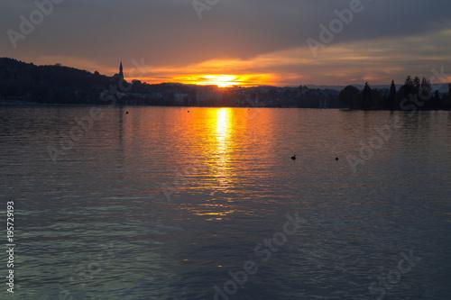 Coucher de soleil sur le lac d'Annecy