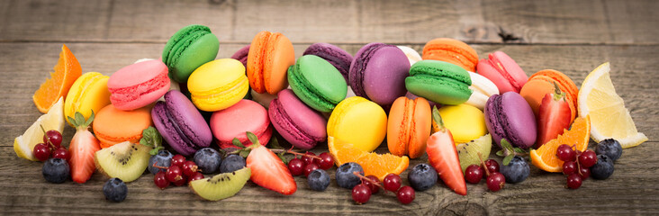 Colorful French macaroons © pilipphoto