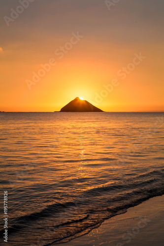 In de dag Ochtendgloren sunrise in lanikai hawaii