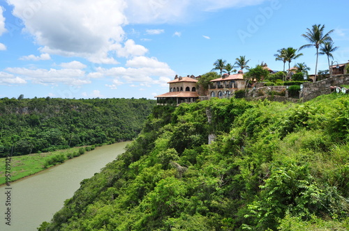 Fotobehang Pistache Chavon River near Altos de Chavon, Dominican Republic