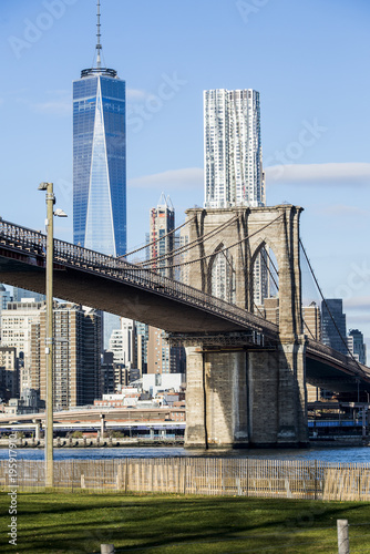 Foto Murales Brooklyn Bridge and Freedom Tower
