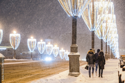 Aluminium Bruggen Moscow, Russia - March, 5, 2018: Snowstorm in Moscow in the night