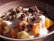 Müsli mit Joghurt und Früchten