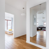 Hall with big mirror - 196010142