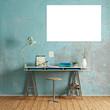 Schreibtisch mit Platz für Leinwanddruck an Wand