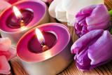 Frühling  -  Dekoration mit Kerzen und Tulpen