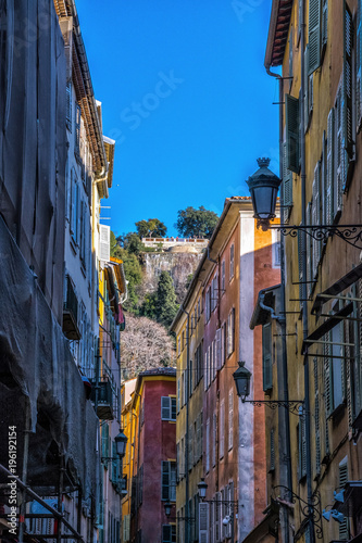 Aluminium Smalle straatjes Nice Côte d'Azur, France