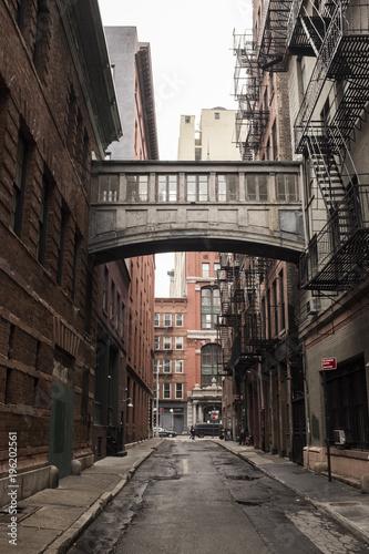 Aluminium Smalle straatjes Sky bridge in New york