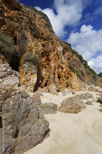 In de dag Beige Praia da Salema bei Figueira Algarve, Portugal, Europa