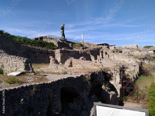 Aluminium Zwart landscape, rock, ancient, stone, sky, castle, mountain, travel, architecture, fortress, nature, ruins, view, hill, blue, church, historic, tourism, spain, greece, panorama, building, village, landmark