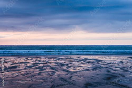 Staande foto Zee zonsondergang Beach at Sunset