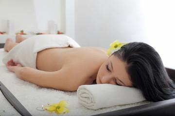 Lettino massaggi del sale