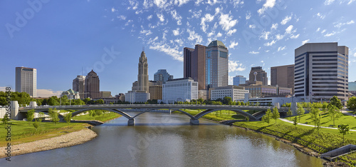 View of Columbus, Ohio and the Scioto River © Sean  Board