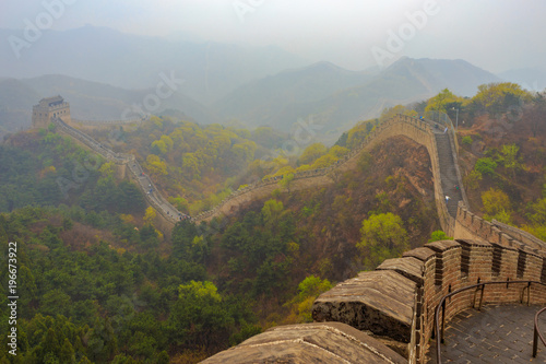 Foto op Canvas Peking Misty and rainy morning on the Great Wall of China at Badaling