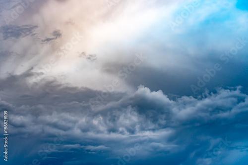 niebo-i-chmury