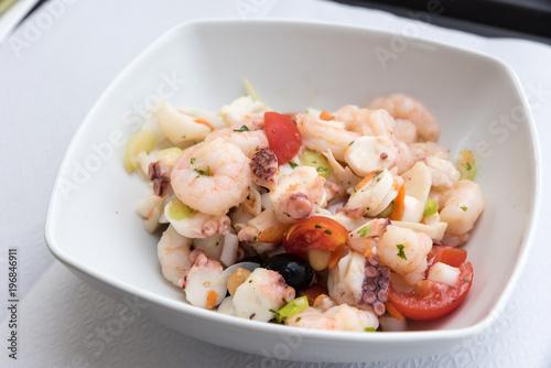Fototapeta Tasty mixed seafood salad