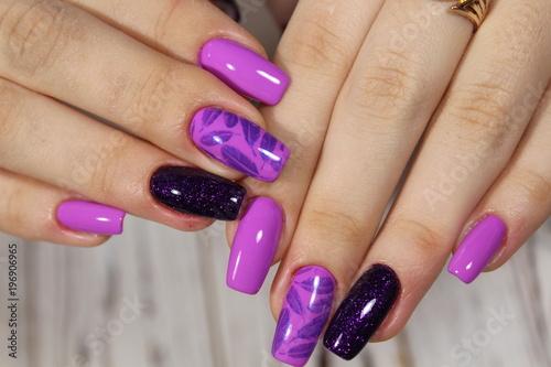 Foto op Plexiglas Manicure glamorous beautiful manicure