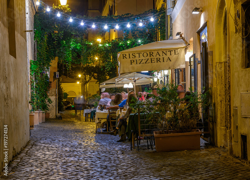 Foto op Plexiglas Rome Night view of old street in Trastevere in Rome, Italy