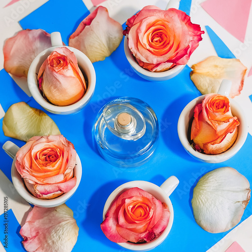Papiers peints Spa perfume. roses. floral scent. blue and pink background
