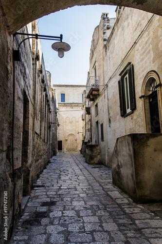 Plexiglas Smalle straatjes Matera in strada