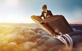 Fliegendes Buch über den Wolken - 197526937