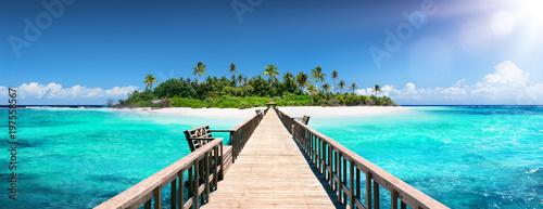 Foto Murales Tropical Destination - Maldives - Pier For Paradise Island