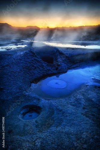 Fotobehang Nachtblauw Am Anfang der Zeit, die Urelemente in Island_001