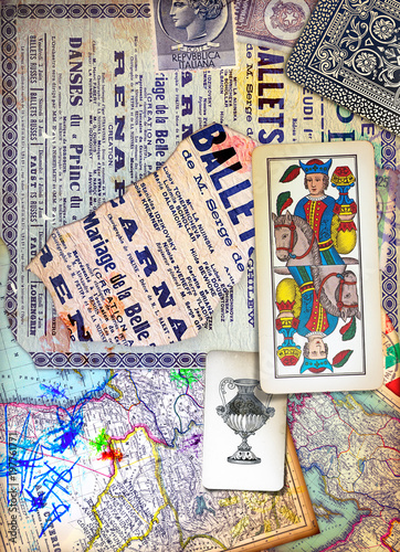 Foto op Aluminium Imagination Murales con graffiti,simboli,disegni ritagli,patchworks e collages esoterici