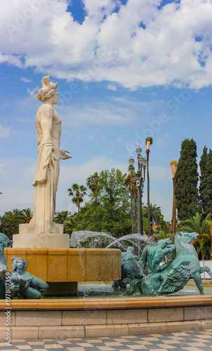Fotobehang Nice Fountain of the Sun in Massena Square, Nice, France