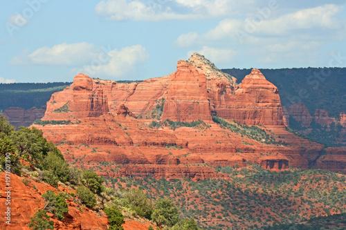 Fotobehang Blauwe hemel Mesa Rock - Sedona, Arizona