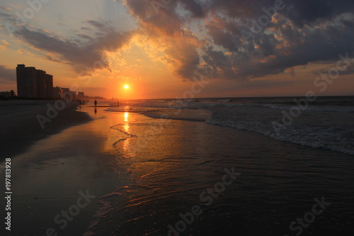 Foto op Canvas Zee zonsondergang Beach Sunrise