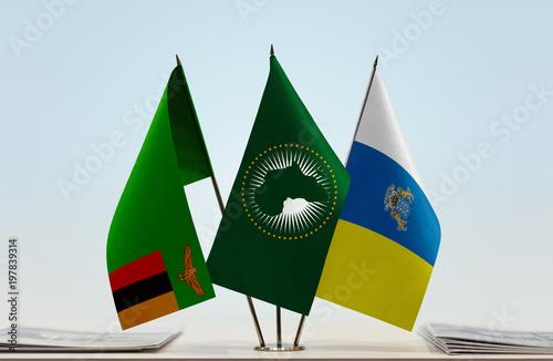 Deurstickers Canarische Eilanden Flags of Zambia African Union and Canary Islands