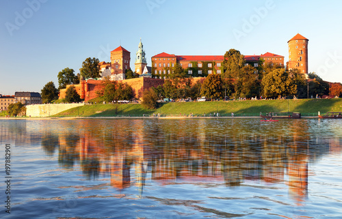 View of the ancient Krakow's castle - 197882901